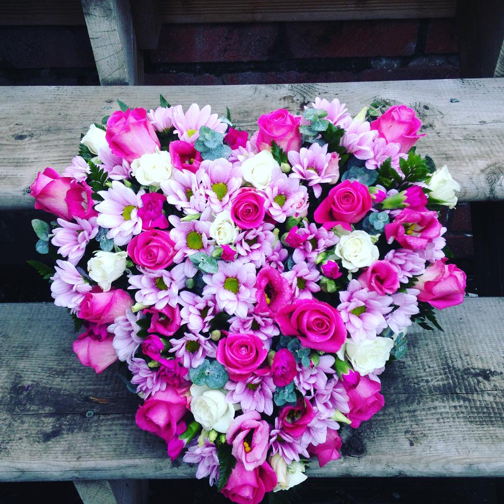 Hearts & Wreaths 17