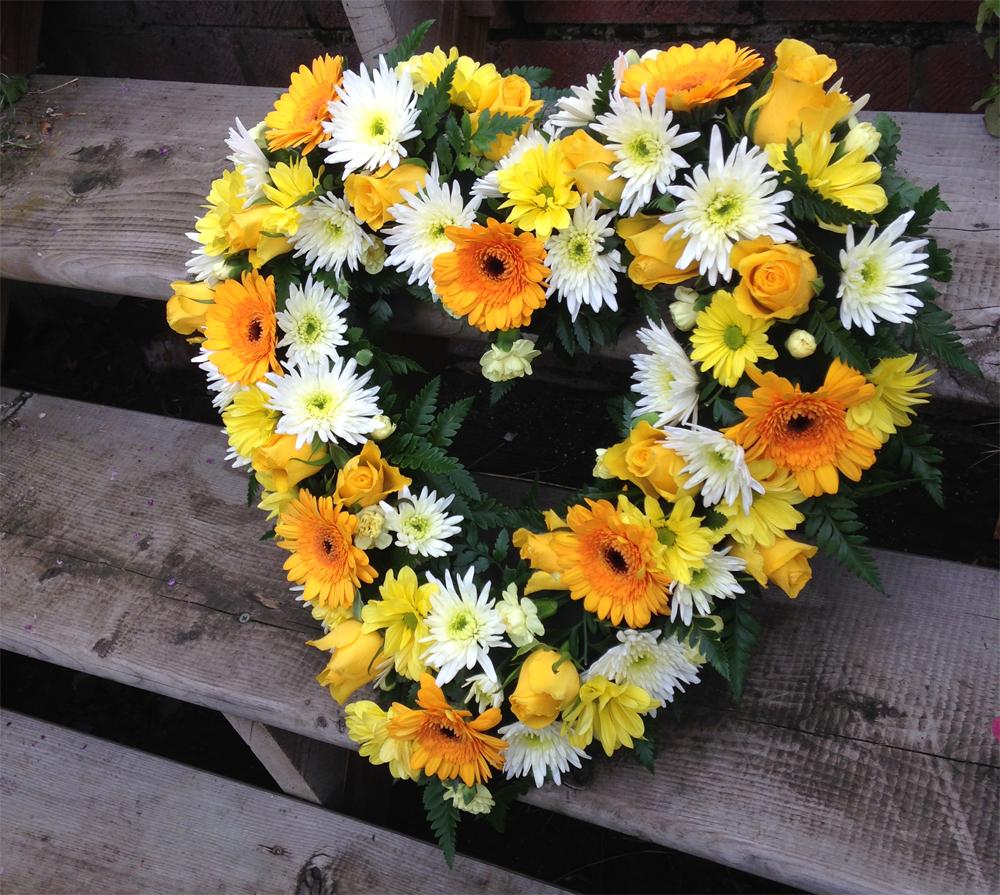 Hearts & Wreaths 18