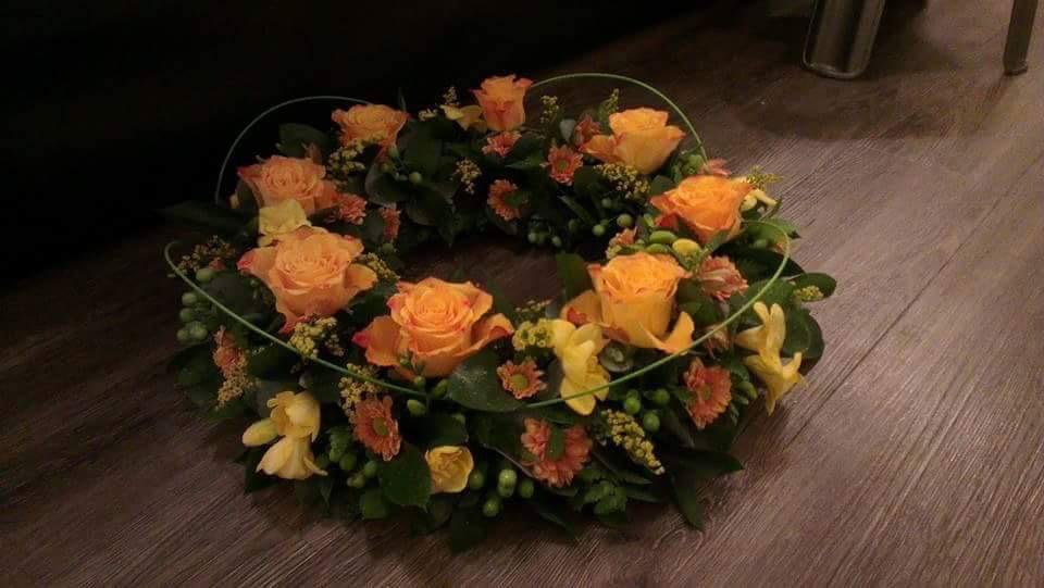 Hearts & Wreaths 26