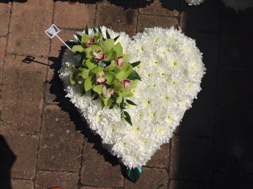 Hearts & Wreaths 3