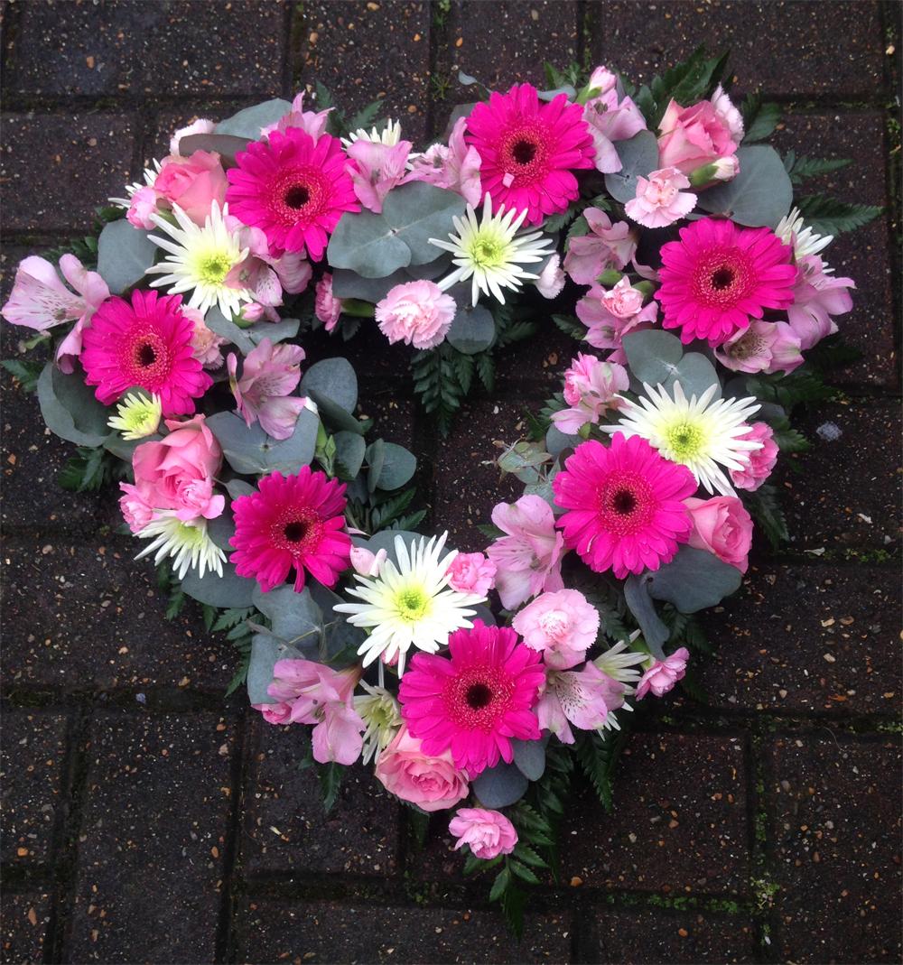 Hearts & Wreaths 6