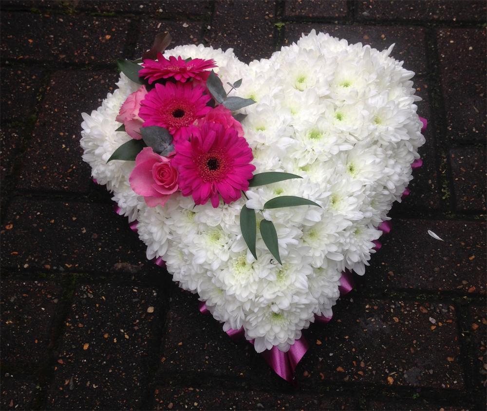 Hearts & Wreaths 7