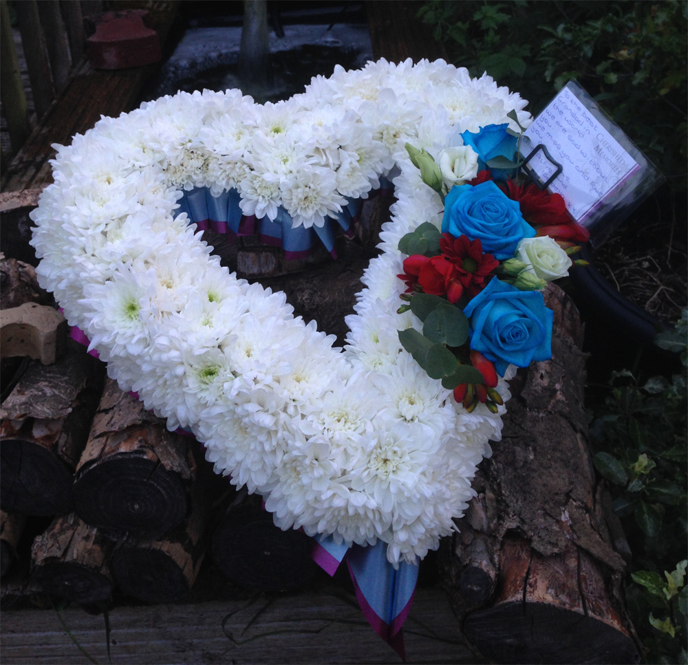 Hearts & Wreaths 9